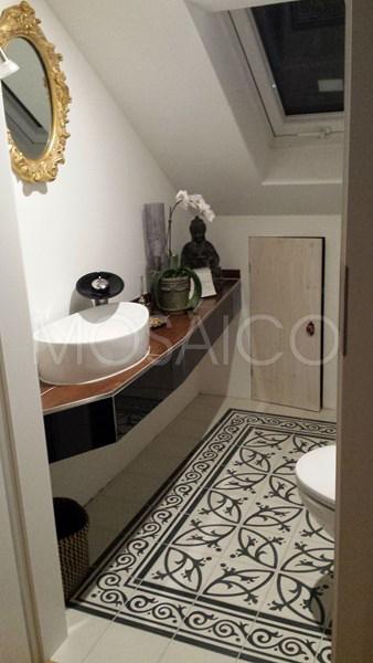 10339_02: baldosas_hidraulicas_mosaico_Limburg_casa_lavabo
